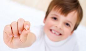 Когда у ребенка прорезываются первые зубы?